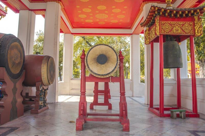 Le tambour dans le pavillon de Sisomdet au temple de marbre photographie stock libre de droits
