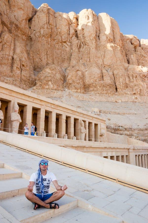 Le temple antique de Hatshepsut à Louxor, Egypte photographie stock libre de droits