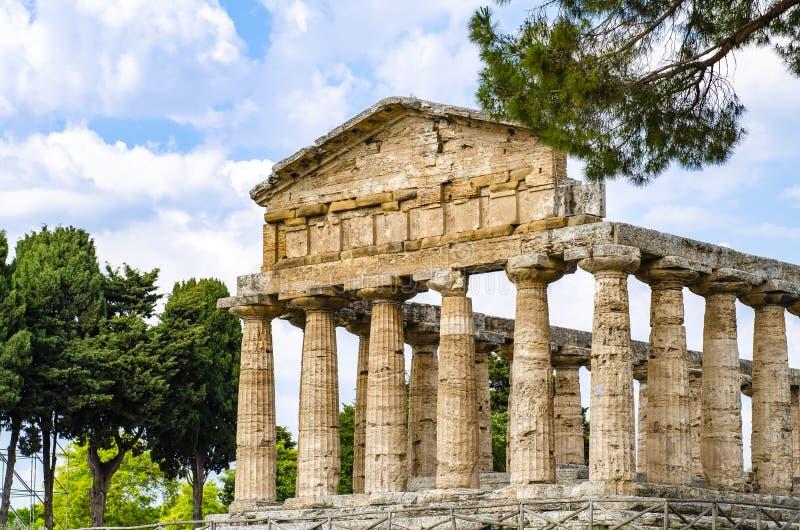 Le temple d'Athéna chez Paestum était une ville du grec ancien en Magna Graecia photographie stock