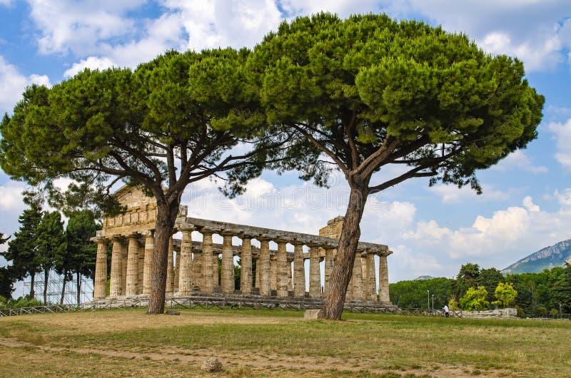 Le temple d'Athéna chez Paestum était une ville du grec ancien en Magna Graecia image libre de droits