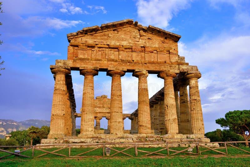 Le temple d'Athena Paestum Italy images libres de droits