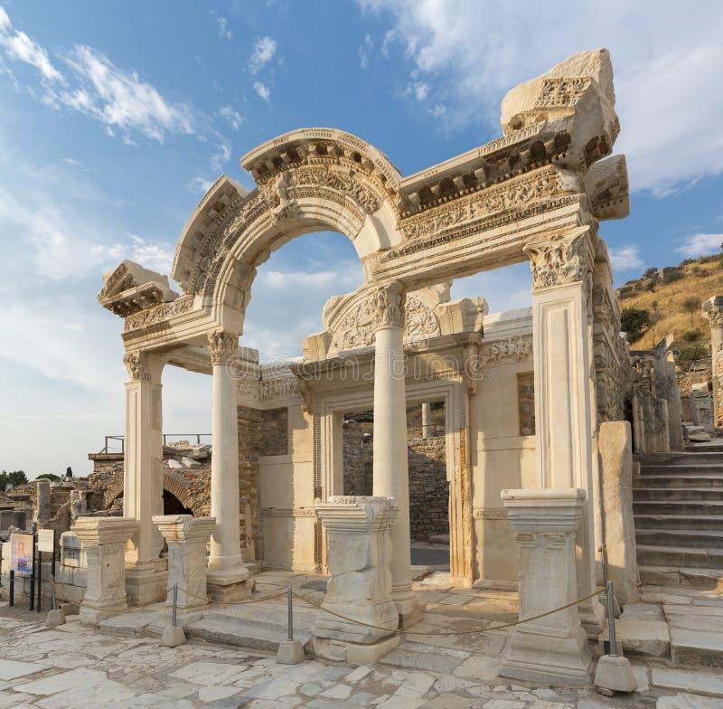 Le temple de Hadrian photos stock