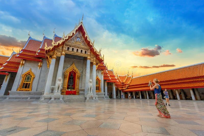 Le temple de marbre, Wat Benchamabopit Dusitvanaram à Bangkok, Thaïlande image libre de droits