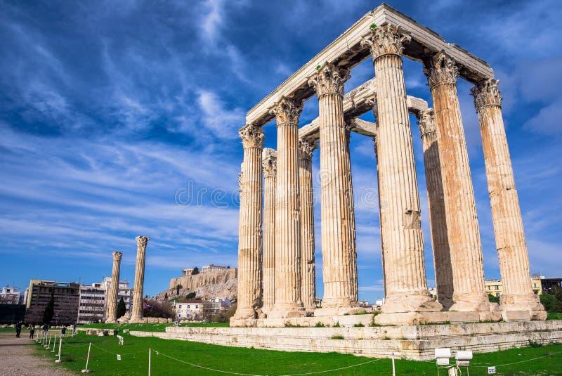 Le temple de Zeus Greek olympien : Tou Olimpiou Dios d'Ordonnateurs nationaux, également connu sous le nom d'Olympieion, Athènes image libre de droits