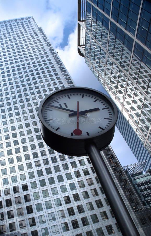 Download Le Temps, C'est De L'argent 2. Photo stock - Image du abstrait, cityscape: 743488