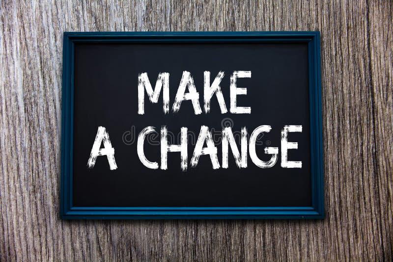 Le texte d'écriture apportent une modification La signification de concept créent un changement de différence font métamorphoser  image stock