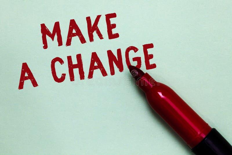 Le texte d'écriture apportent une modification La signification de concept créent un changement de différence font métamorphoser  photo libre de droits