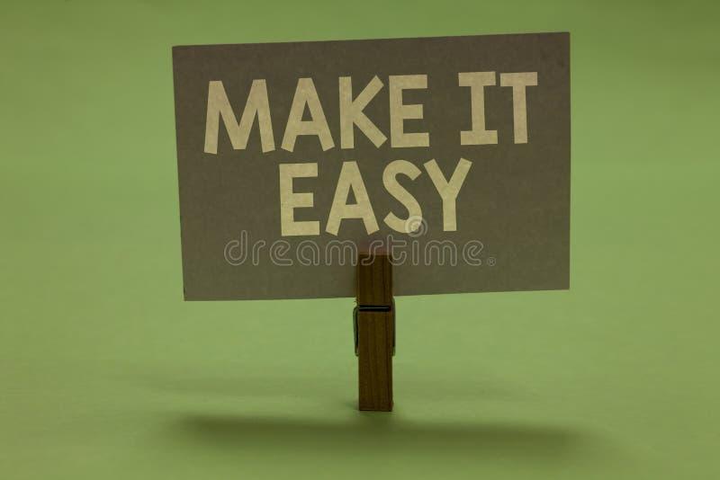Le texte d'écriture de Word le rendent facile Le concept d'affaires pour l'approche futée sans effort libèrent des inquiétudes ou photo stock