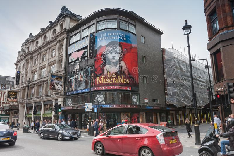 Le théâtre de Queensur l'avenue de Shaftesbury, Londres image libre de droits