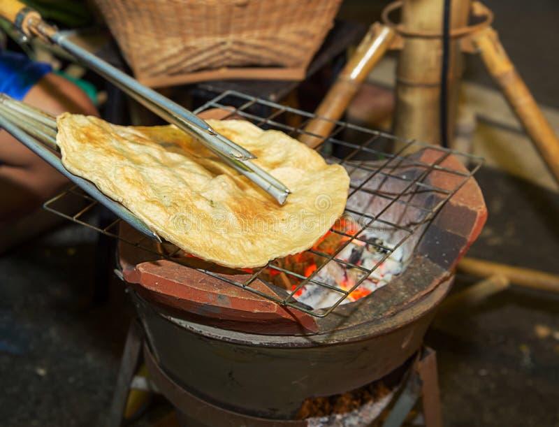Le thailandais antique a rôti le riz croquant, casse-croûte Khao Kriap wouah photographie stock