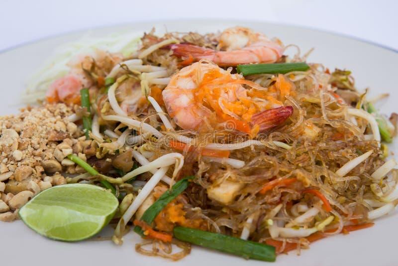 Le thailandais de protection, nouilles, frites, oeuf, nourriture thaïlandaise photos stock