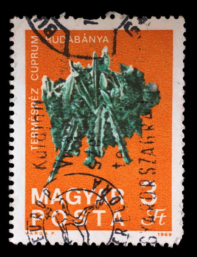 Le timbre imprimé en Hongrie montre le cuivre de Rudabanya photographie stock