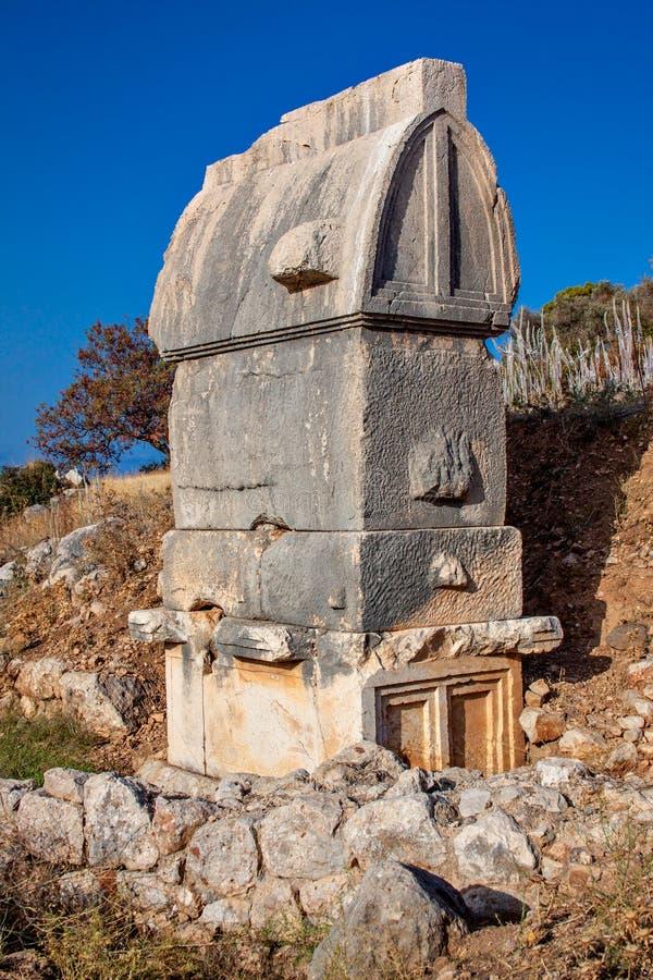 Le tombe antiche di Lycian in Patara immagini stock