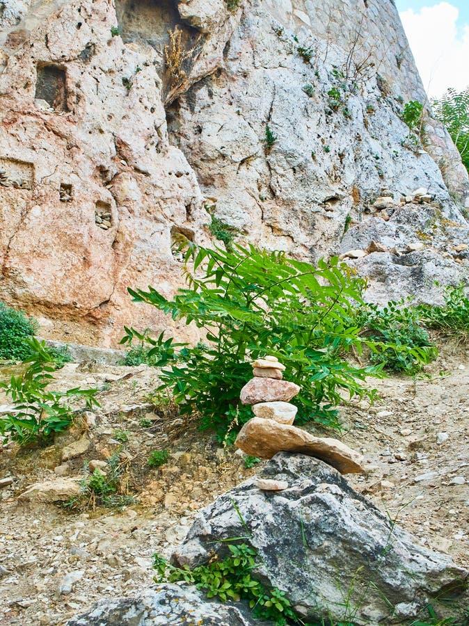 Le tombeau de l'Aphrodite et de l'eros Acropole d'Athénien de promenade de Peripatos images stock
