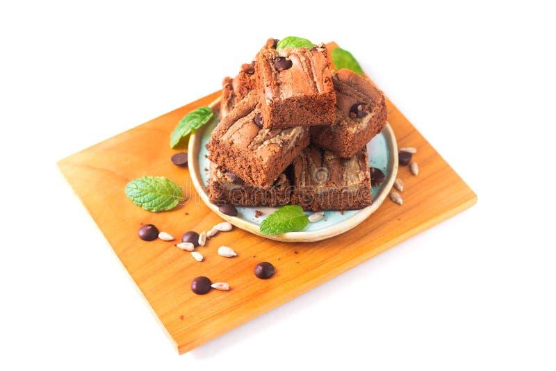 Le tournesol organique fait maison de fondant de concept sain de nourriture graine des 'brownie' de beurre d'isolement sur le fon image stock