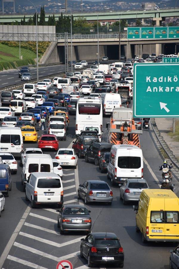 Le trafic d'autoroute images stock