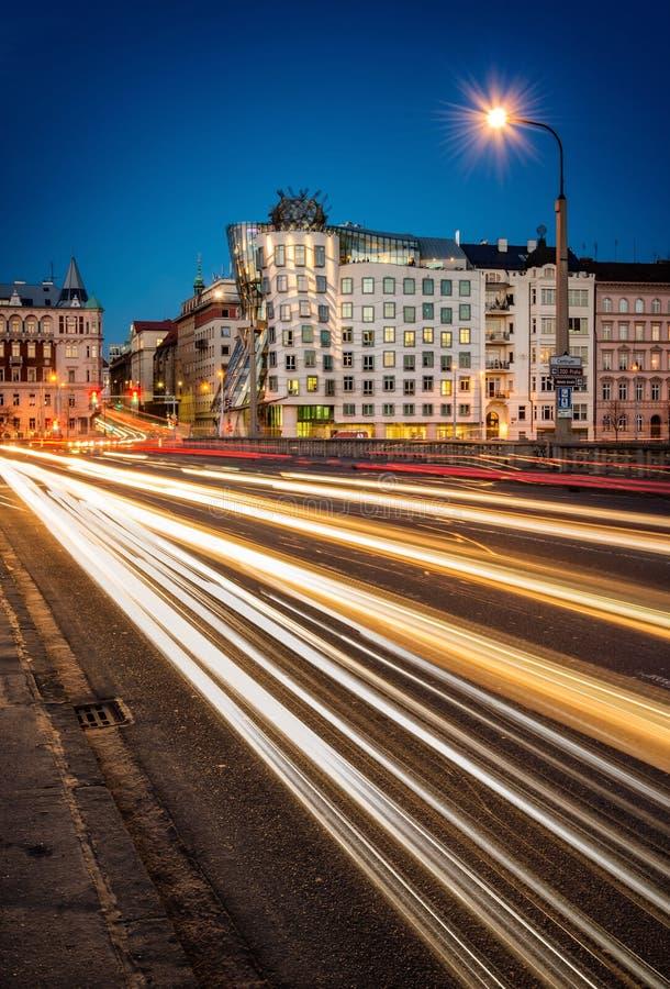 Le trafic de soirée, Prague, République Tchèque images libres de droits