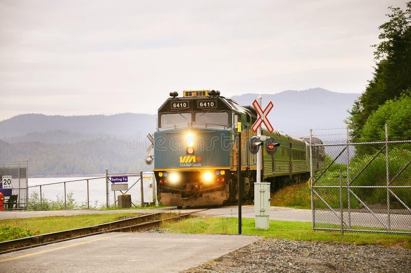 Le train de voyageurs à prince George images stock