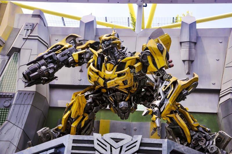 Le transformateur Bumblebee modèle dans Universal Studios Singapour photographie stock libre de droits