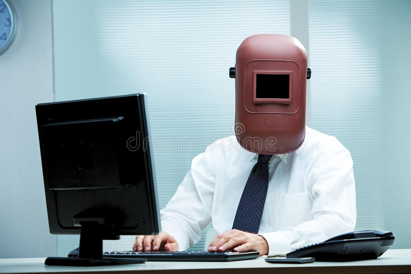 Le travail devient de plus en plus étrange, n'est-ce pas? images stock