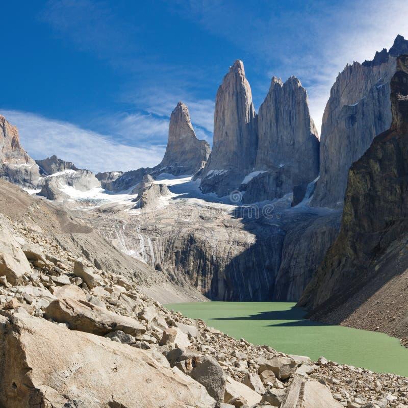 Le tre torrette alla sosta nazionale del Torres del Paine immagini stock libere da diritti