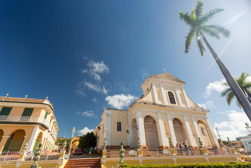 Le Trinidad, Cuba - 6 décembre 2017 : Église de la trinité sainte photographie stock libre de droits