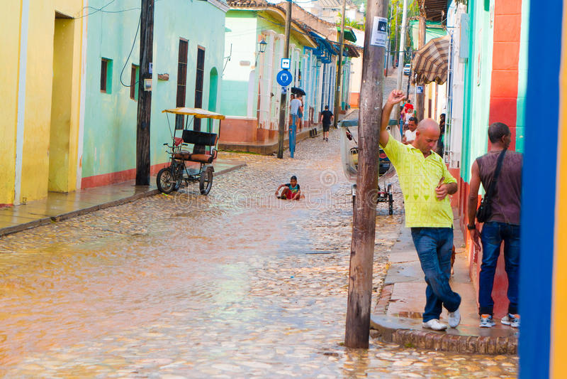 LE TRINIDAD, CUBA - 8 SEPTEMBRE 2015 : Inondé image libre de droits
