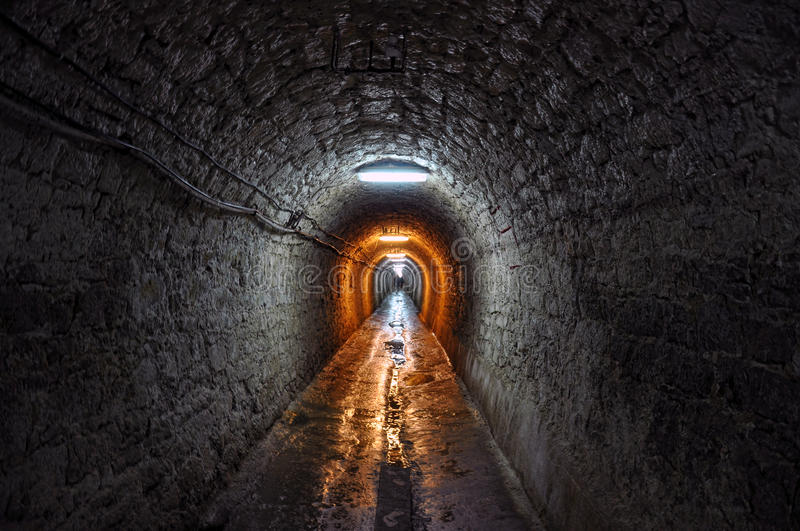 Le tunnel photographie stock