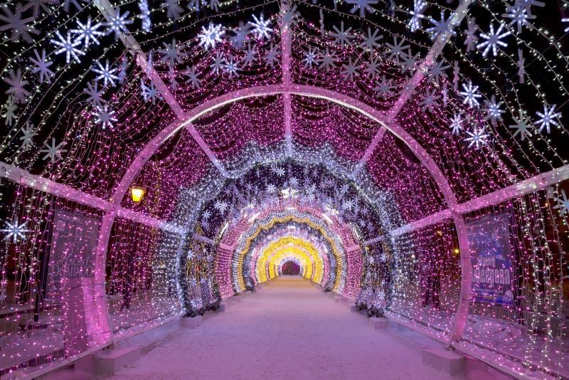 Le tunnel léger sur le boulevard de Tverskoy images stock