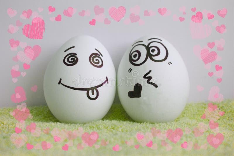 Le uova amano senza una risposta mostrare la lingua immagini stock libere da diritti