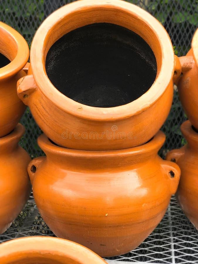 Le vasija en céramique de poterie a glacé la photo de photo de décor d'image de film image stock
