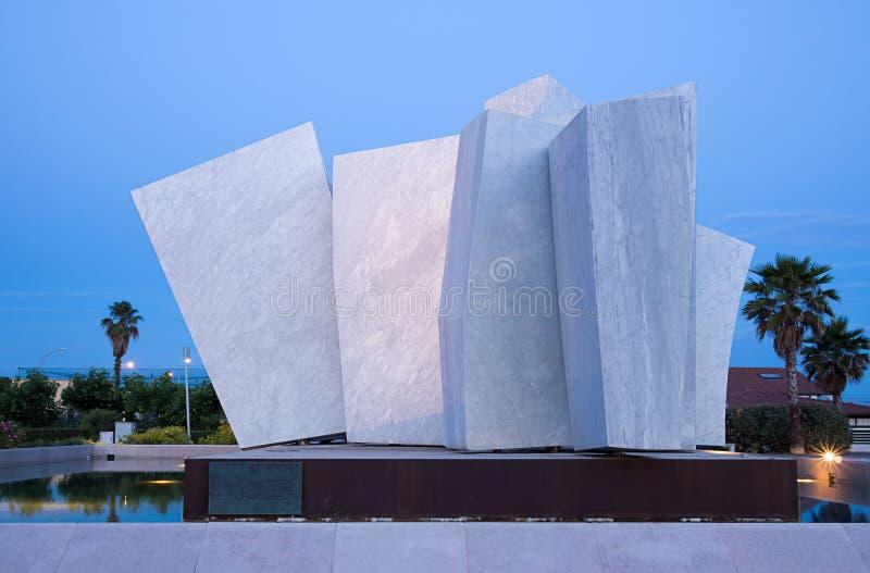 Le Vele - escultura y monumento públicos, Marina di Carrara imagenes de archivo