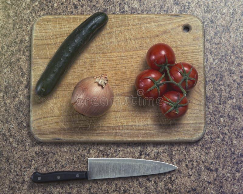 Le verdure aspettano per essere tagliate fotografia stock