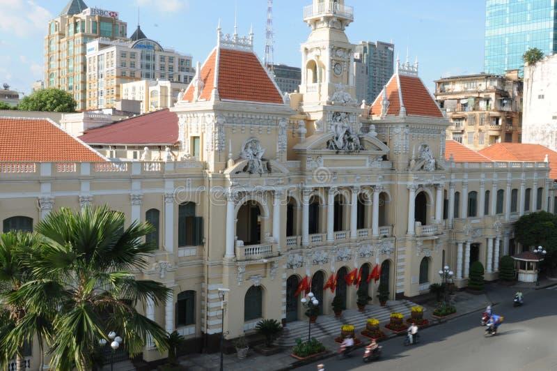 Le Vietnam : L'opéra de Ho Chi Ming City du toit de Rex Hotel légendaire image stock