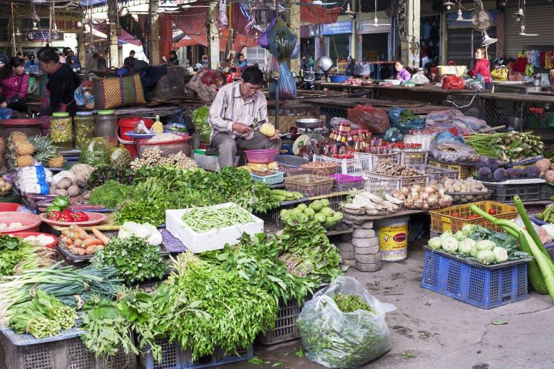 Le Vietnam, marché du ` s de Gia Binh Farmer photo libre de droits