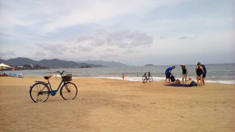 Le Vietnam, Nha Trang, plage de ville photographie stock