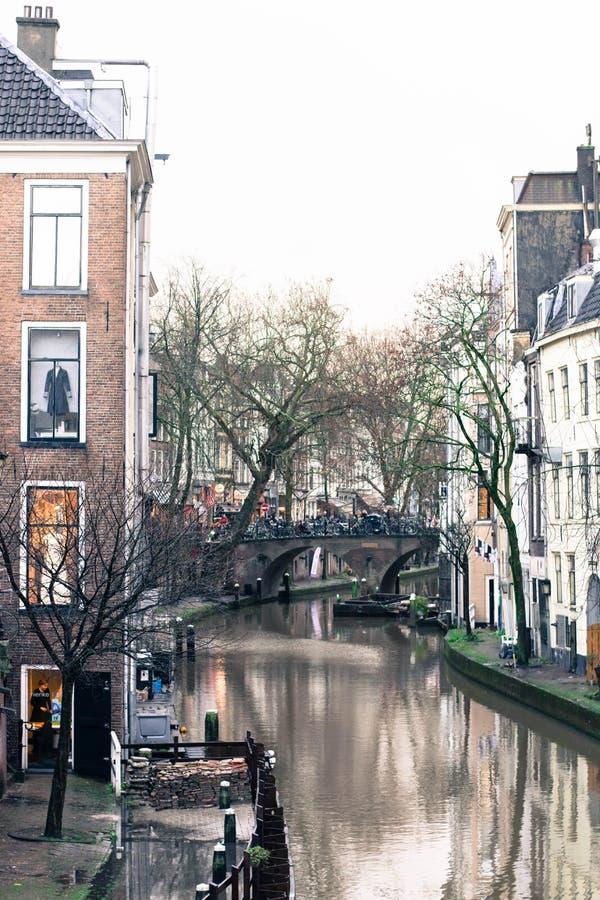 Le vieux canal à Utrecht, Hollande image libre de droits