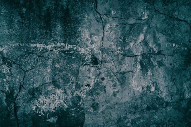 Le vieux ciment a survécu à la couleur de malachite de turquoise de mur en béton photo libre de droits