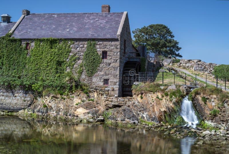 Le vieux moulin de maïs photos libres de droits