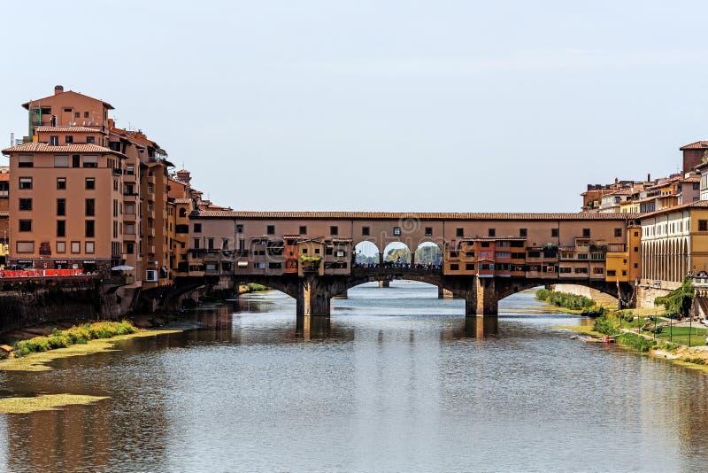 Le vieux pont de Ponte Vecchio photo stock