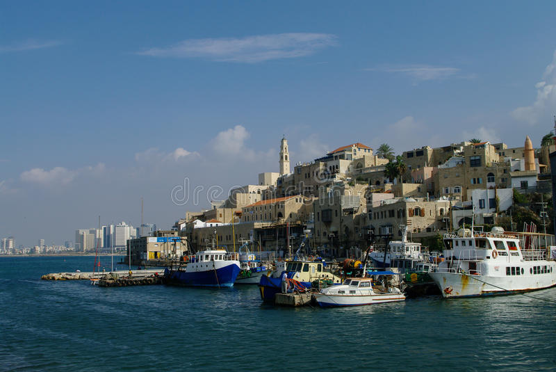 Le vieux port avec la pêche se transporte dans Jaffa Tel Aviv l'israel photo stock
