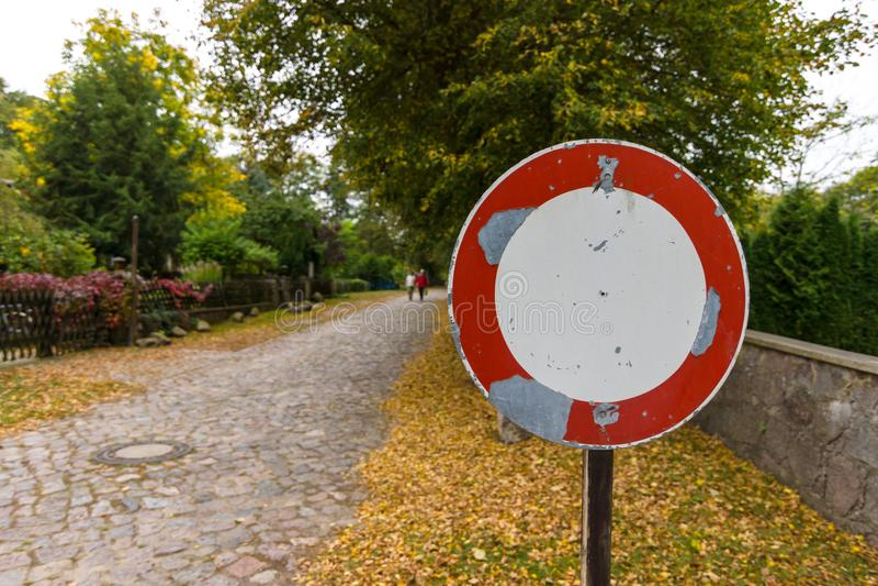 Le vieux trafic de ` de signe est interdit ` photo libre de droits