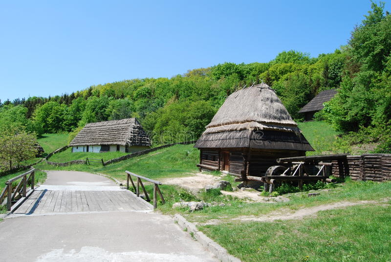 Le vieux village ukrainien images libres de droits