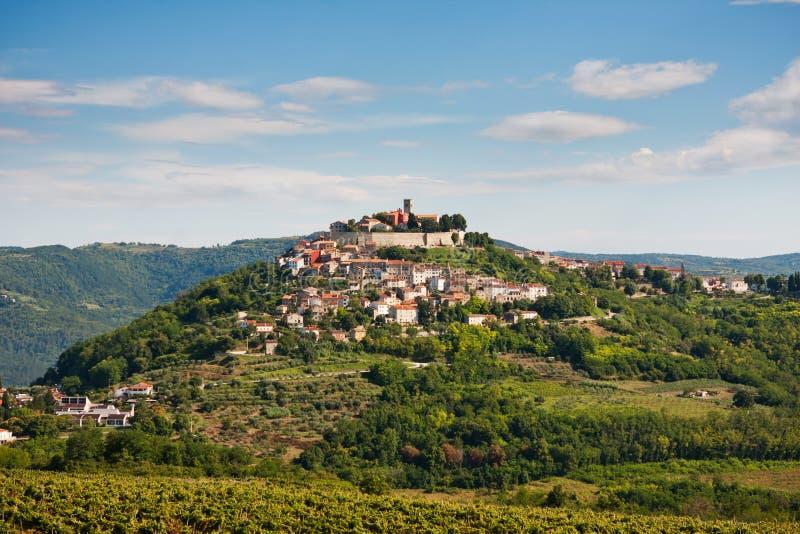 Le village Motovun image libre de droits