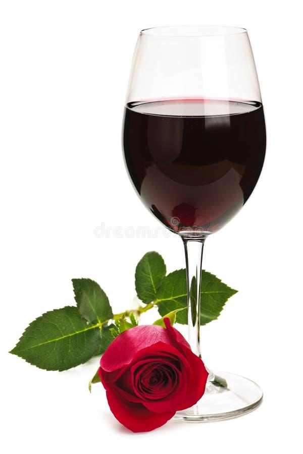Le vin avec le rouge s'est levé photos stock