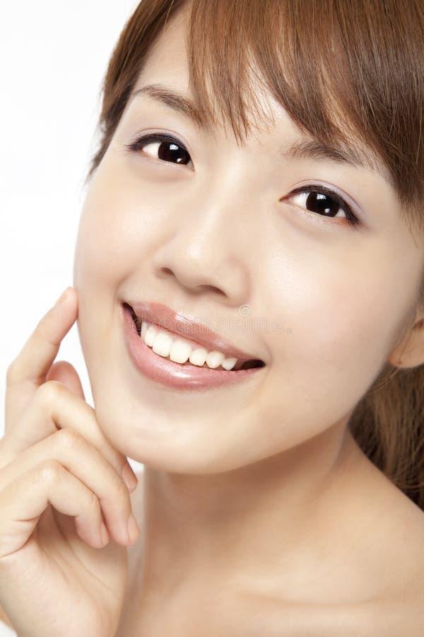 Le visage de la belle femme asiatique photo stock