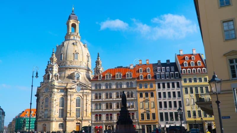 Le viste della città di Dresda in tempo soleggiato fotografia stock