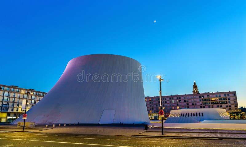 Le Volcan, culturele complex bestaand uit een concertzaal en uit een bibliotheek Le Havre, Frankrijk royalty-vrije stock foto's