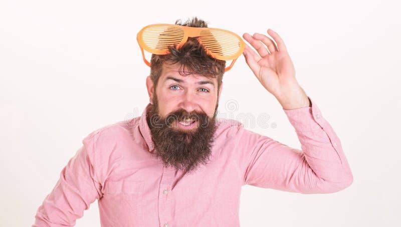 Le volet d'usage de hippie ombrage les lunettes de soleil extr?mement grandes Attribut de vacances de lunettes de soleil ?t? de l image stock