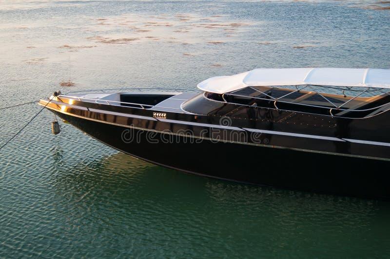 Le yacht s'est garé images libres de droits